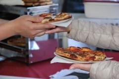Pizzeria-I-take-away-Zonhoven-trapt-door-1