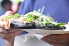 Pizzeria-I-take-away-Zonhoven-trapt-door-14