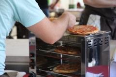Pizzeria-I-take-away-Zonhoven-trapt-door-18