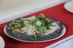 Pizzeria-I-take-away-Zonhoven-trapt-door-38